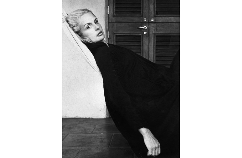 Carolina Herrera; Robert Mapplethorpe; 1976